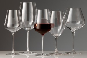 WSJ - Does the wine glass size really matter